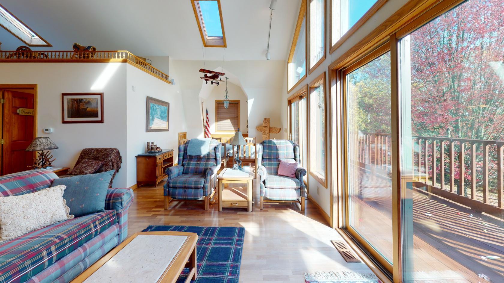 2425-W-Mina-Rd-Clymer-NY-14724-USA-Living-Room3